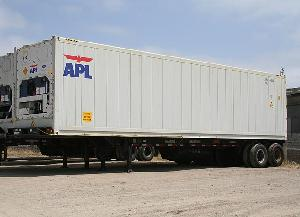 40' Reefer on Chassis